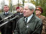 Лиозно: торжества, посвященные 60-летию освобождения района от немецко-фашистских захватчиков. (10.10.2003)