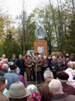 Лиозно: митинг-реквием, посвященный 60-летию освобождения района от немецко-фашистских захватчиков. (10.10.2003)